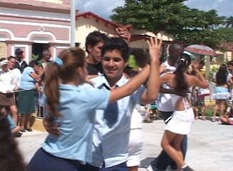 CELEBRAN FIESTA DE LA DANZA : CAIBARIÉN 2010
